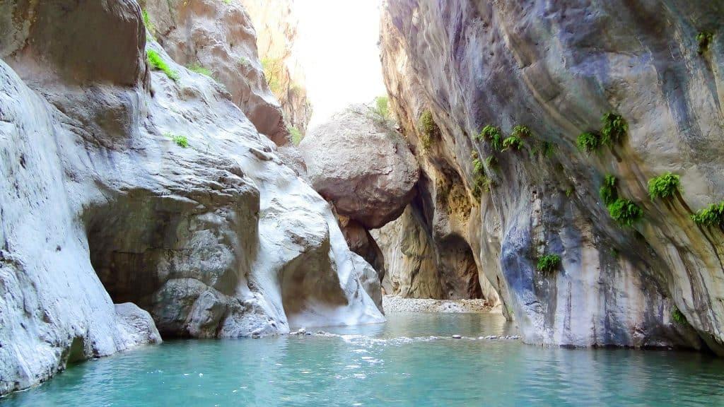 Kaňon Göynük s vodopádem