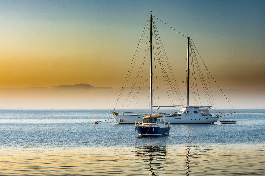 Loďky na moři